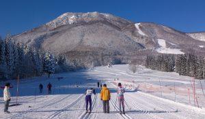 冬を楽しもう!黒姫山と斑尾山、2つの雪山がある信濃町