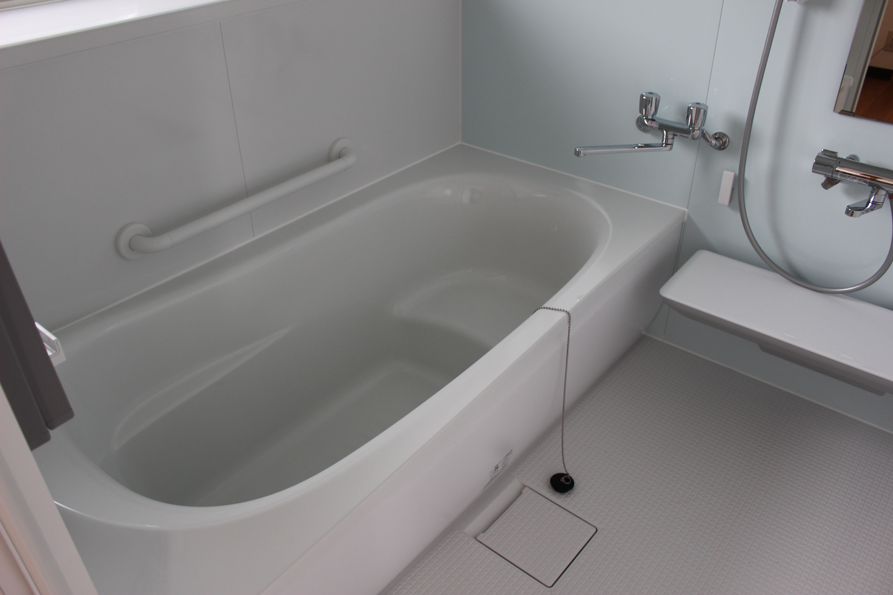 バス・トイレ・洗面は新しいものに交換されたばかりでピカピカです!