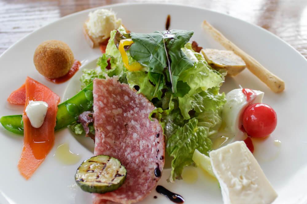 長野県信濃町のイタリアン「舟小屋」の前菜