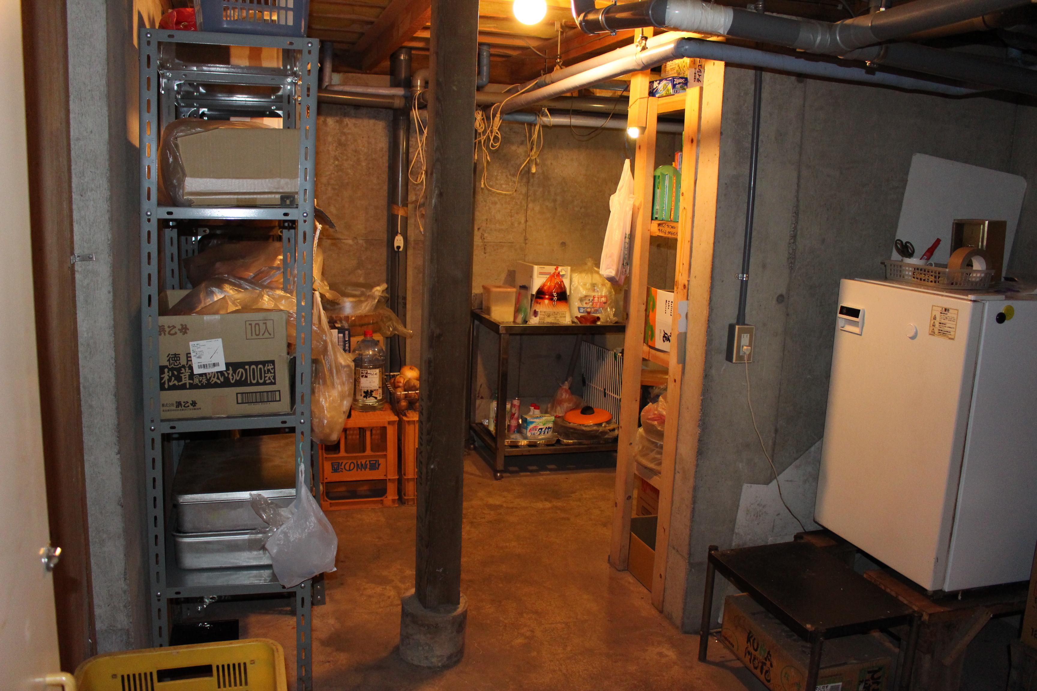 地下室は夏でも冷房いらずの涼しさです
