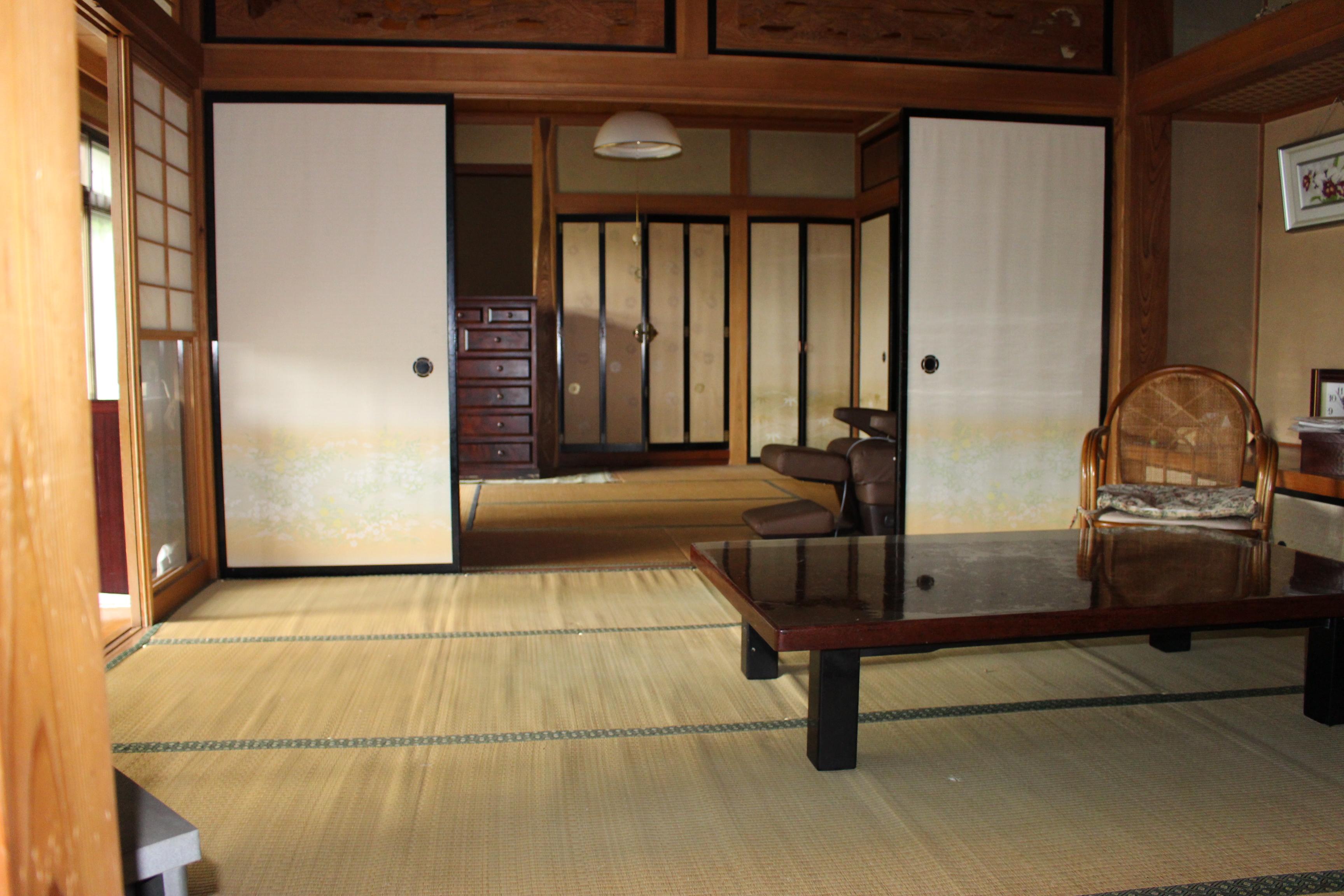 和室が三つ続いています